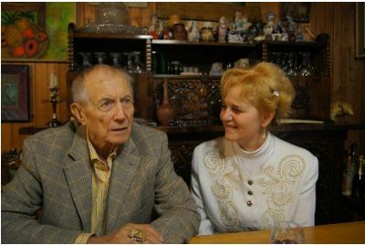 Евтушенко и Елка Няголова в дома на поета <br /><tt>Източник: Е.Няголова</tt>