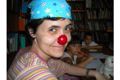 Е.Матеева в библиотеката <br /><tt>Източник: www.why42.info</tt>