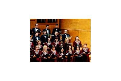 Празничен хоров концерт  <br /><tt>Източник: Държавна Опера - Варна</tt>