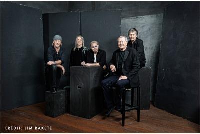 Deep Purple <br /><tt>Източник: Kavarna Rock 2013 </tt>